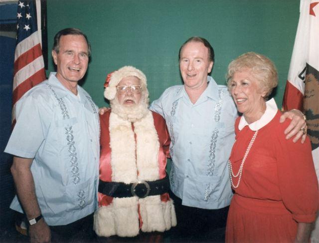 White House Santa 5